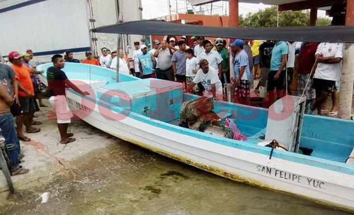 protestan pescadores en Río Lagartos por saqueos de langosta