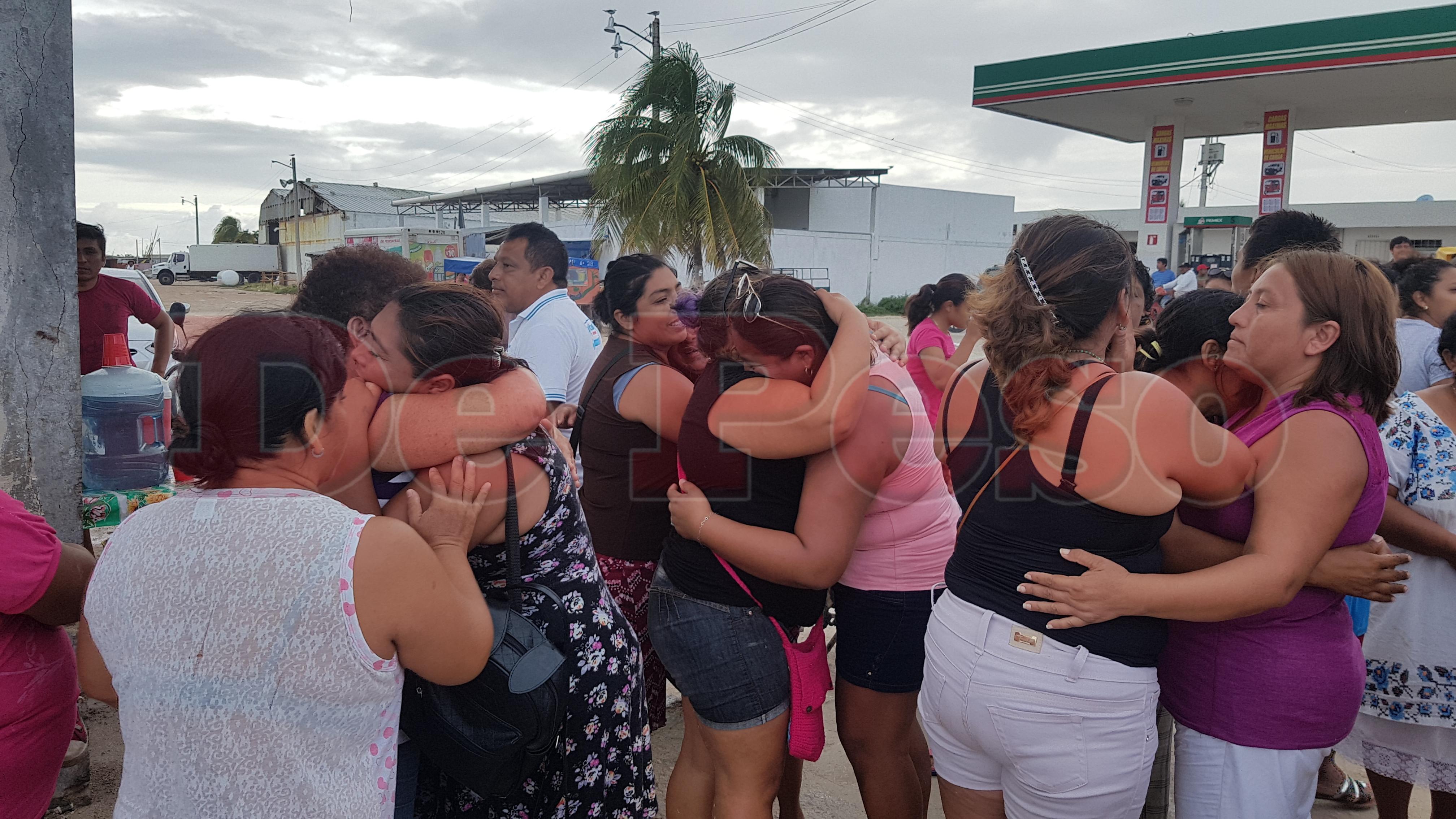 rescatan a pescadores de Celestún desaparecidos en altamar
