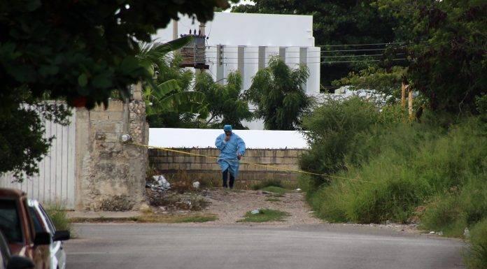 En una brecha fue hallado el cuerpo violado de una joven en la colonia Nueva Kukulcán y horas después detuvieron al presunto asesino.