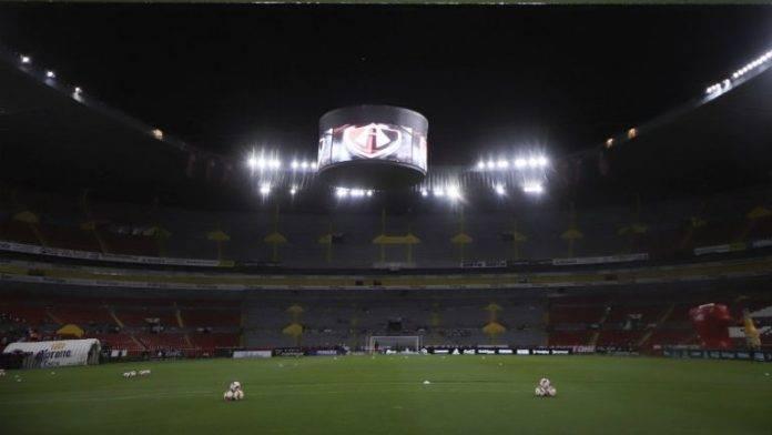 En partido que abre la jornada 13 de la Liga MX se inauguró el uso del video arbitraje en la Primera División de México.