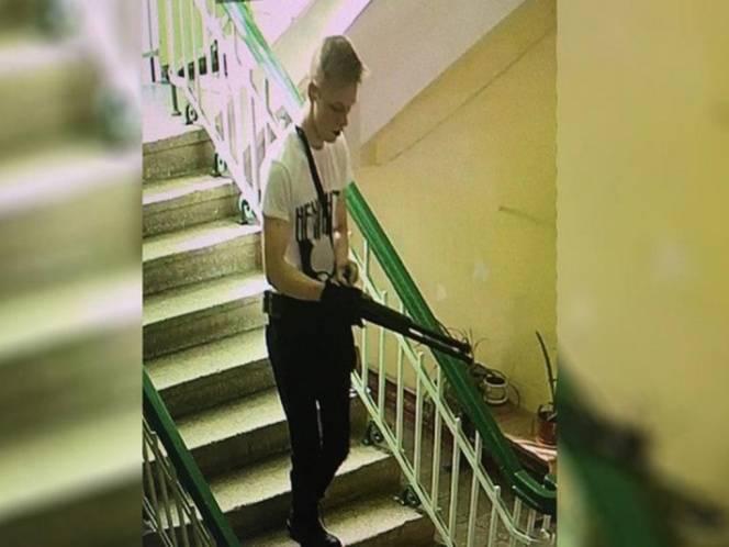 Un solo muchacho cometió una matanza en una escuela rusa.
