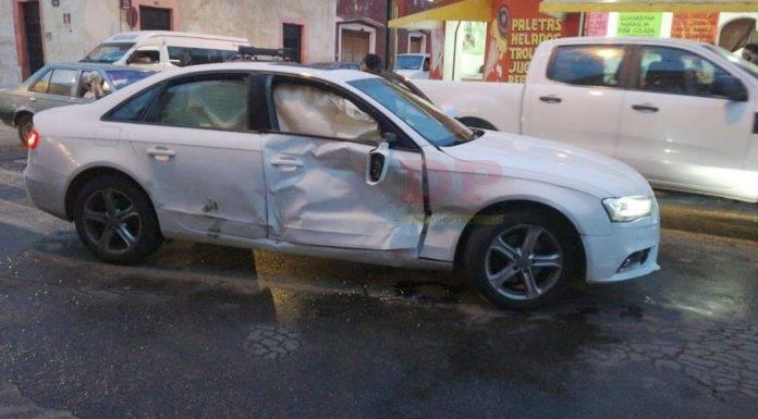 Camioneta le dio su 'paquetazo' a un Audi