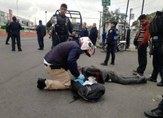 Ratero recibe bola de trompadas de la gente que intentó asaltar en la CdMx