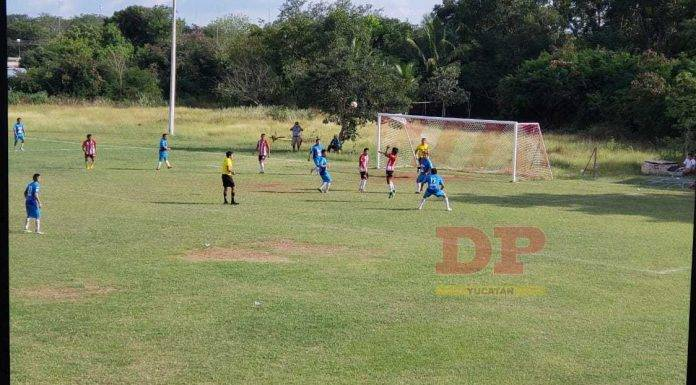 Gaby González por Junior San Pedro y Gerson Dorantes por Aceros concretaron tripletes en Primera A
