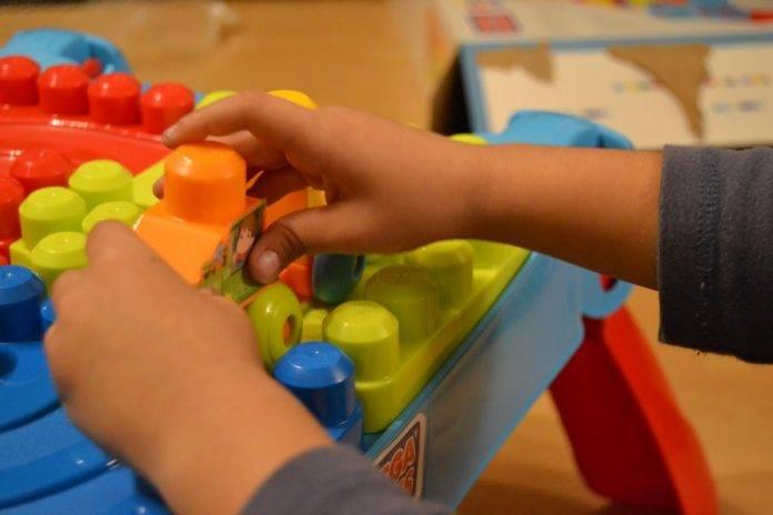 Enigmas: Su primo le recogía los juguetes