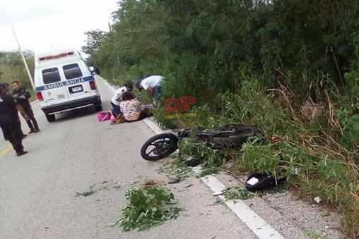 En la moto iban tres hermanos. Dos se fracturaron y el nene se salvó.