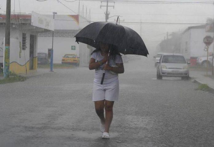 Saca tu paraguas que se prevé chubascos por la tarde-noche