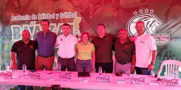 La firma de convenio se realizó en las instalaciones ubicadas en la carretera Mérida-Progreso.