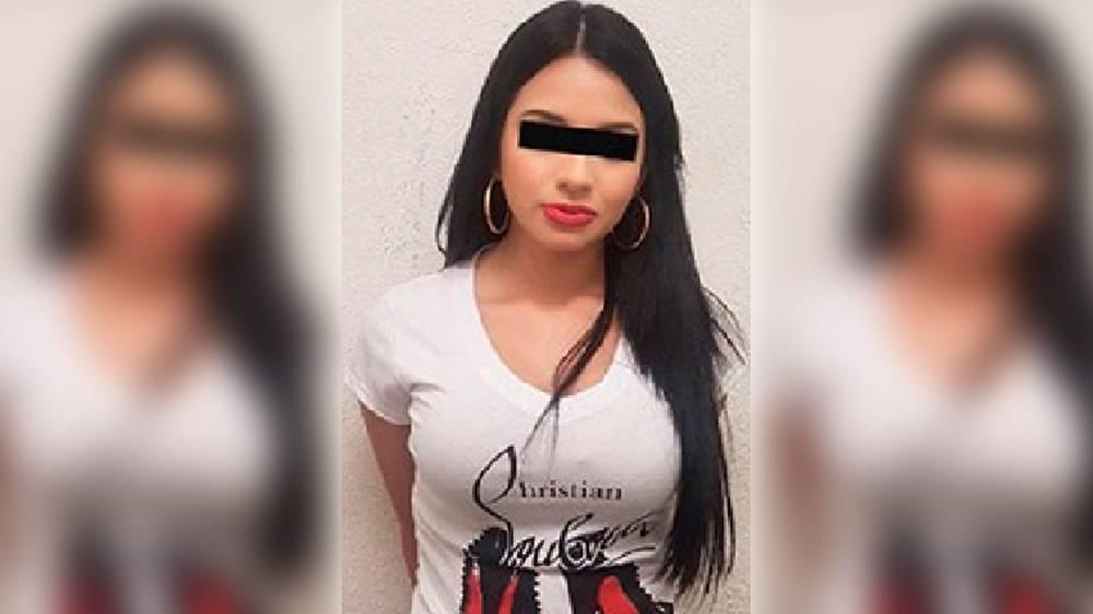 Cártel de narcotráfico recluta a mujeres bonitas y jóvenes para ser sicarias