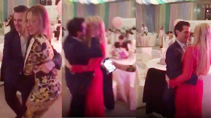 'Amo su inocencia...🎶🎵' Peña Nieto se destrampa moviendo el bote con su novia