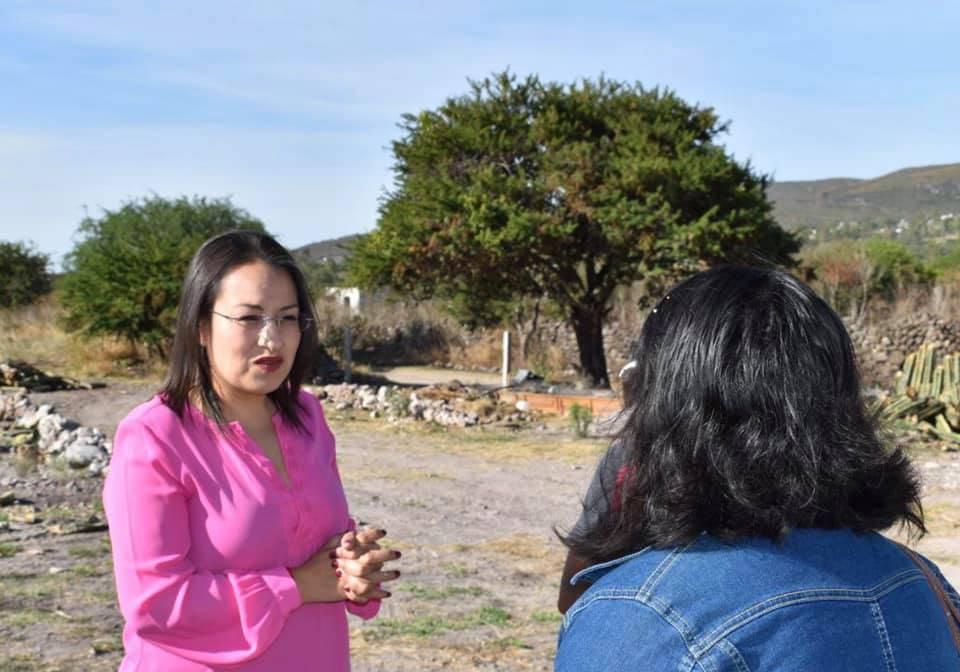La diputada Beatriz Marmolejo Rojas sí aceptó el reto y llegó hasta el lugar para ver cómo ayudar