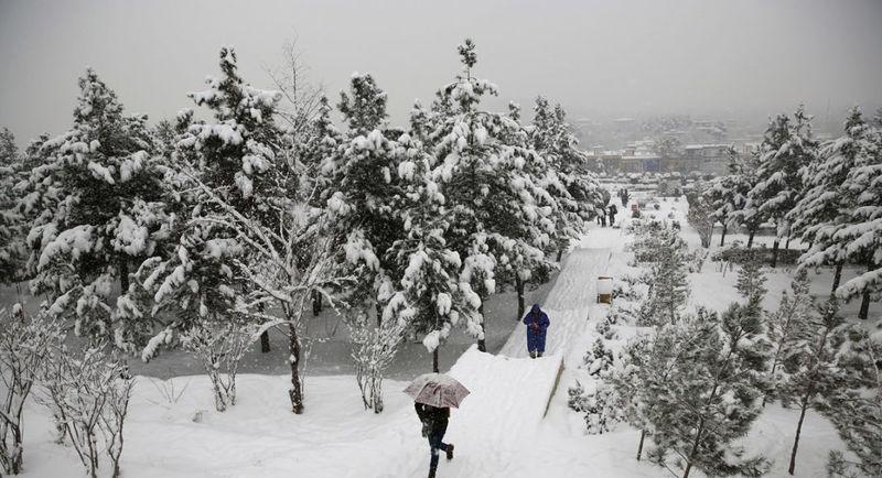 Docenas de casas habrían sido destruidas y enterradas por la nieve en Pakistán