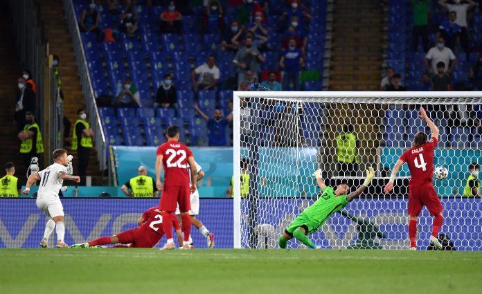 Gol de Immobile, el segundo de la noche para Italia